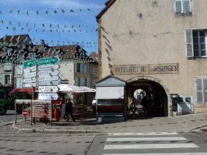 10..Arcaded shopping in Arbois. - Copy (2)