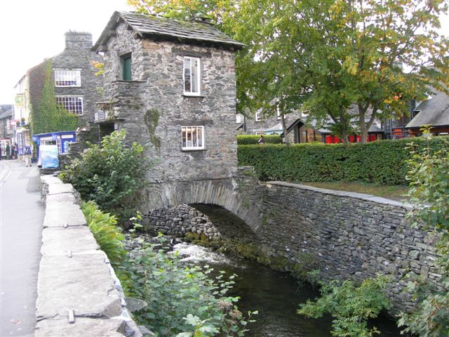 bridge-house-ambleside-cumbria.JPG