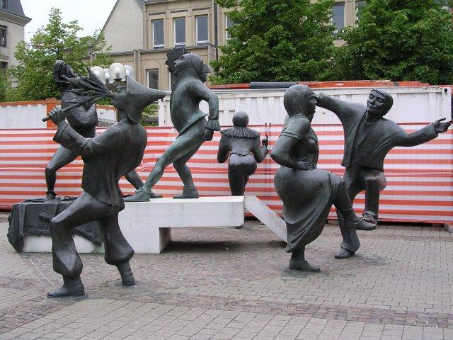 lets-dancebronze-figures.jpg