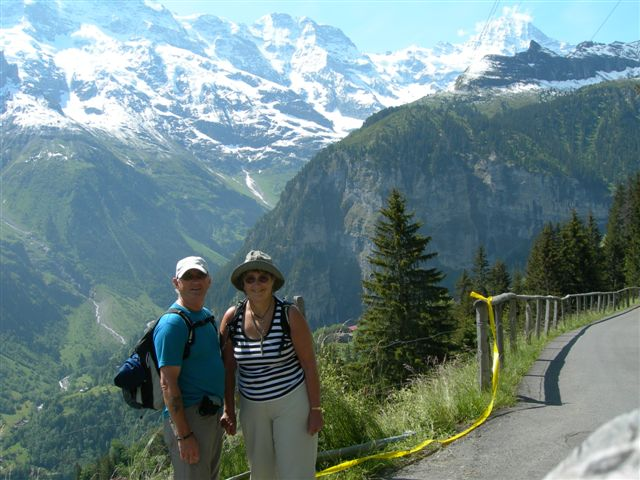 on-the-way-up-to-murren.JPG